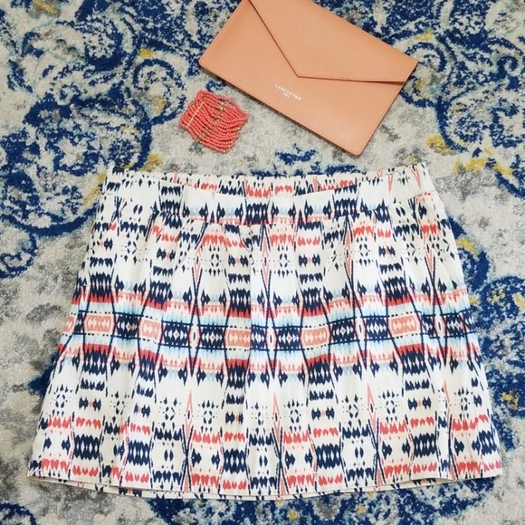 Old Navy Dresses & Skirts - Old Navy Aztec Print Mini Skirt Cream Coral Navy